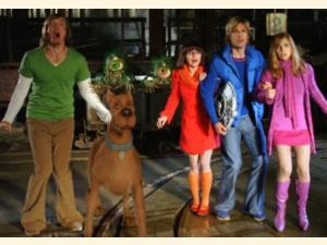 Scooby doo 2 uhyrene er l s dvd - Vera scooby doo ...